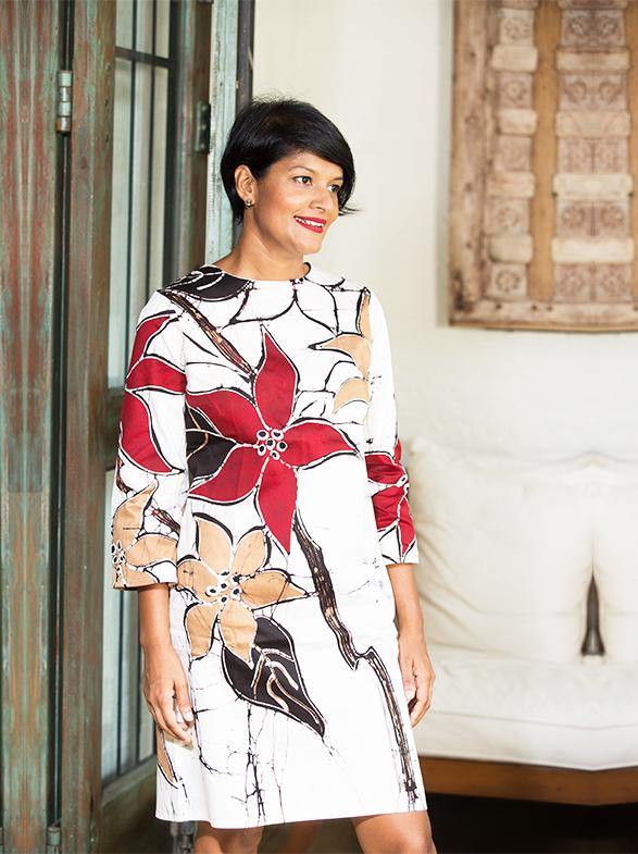 Sonali Dharmawardena Pioneer In Sri Lankan Batik Designs